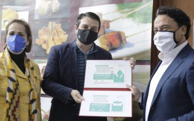 Visita de Alcalde de Córdoba y la presidenta del Imdeec